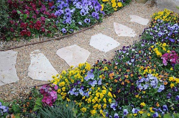 Luce un bello jardín con estos consejos y trucos